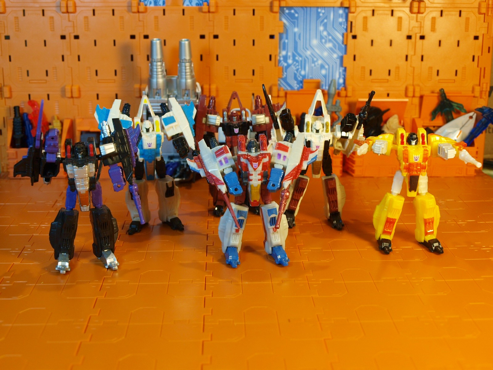 Legends Cybertron weapons