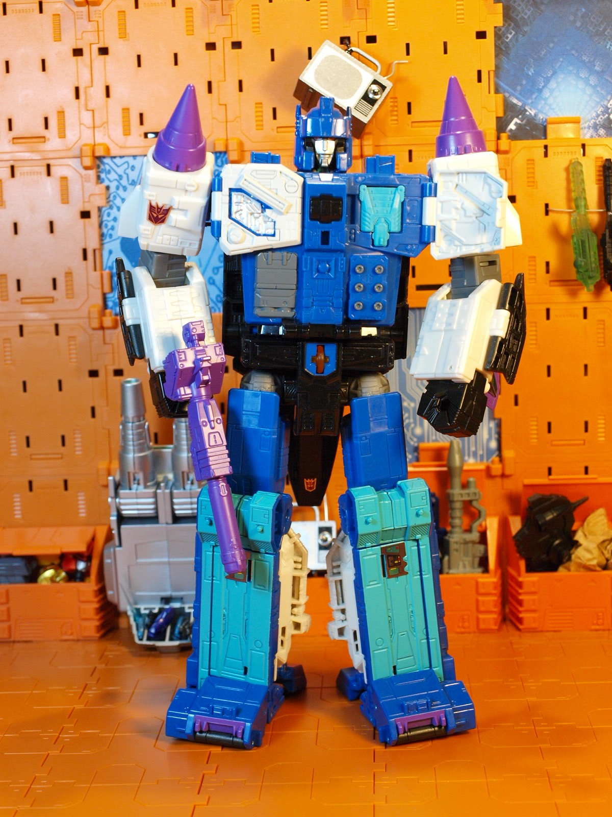 Overlord with Prime Master plug