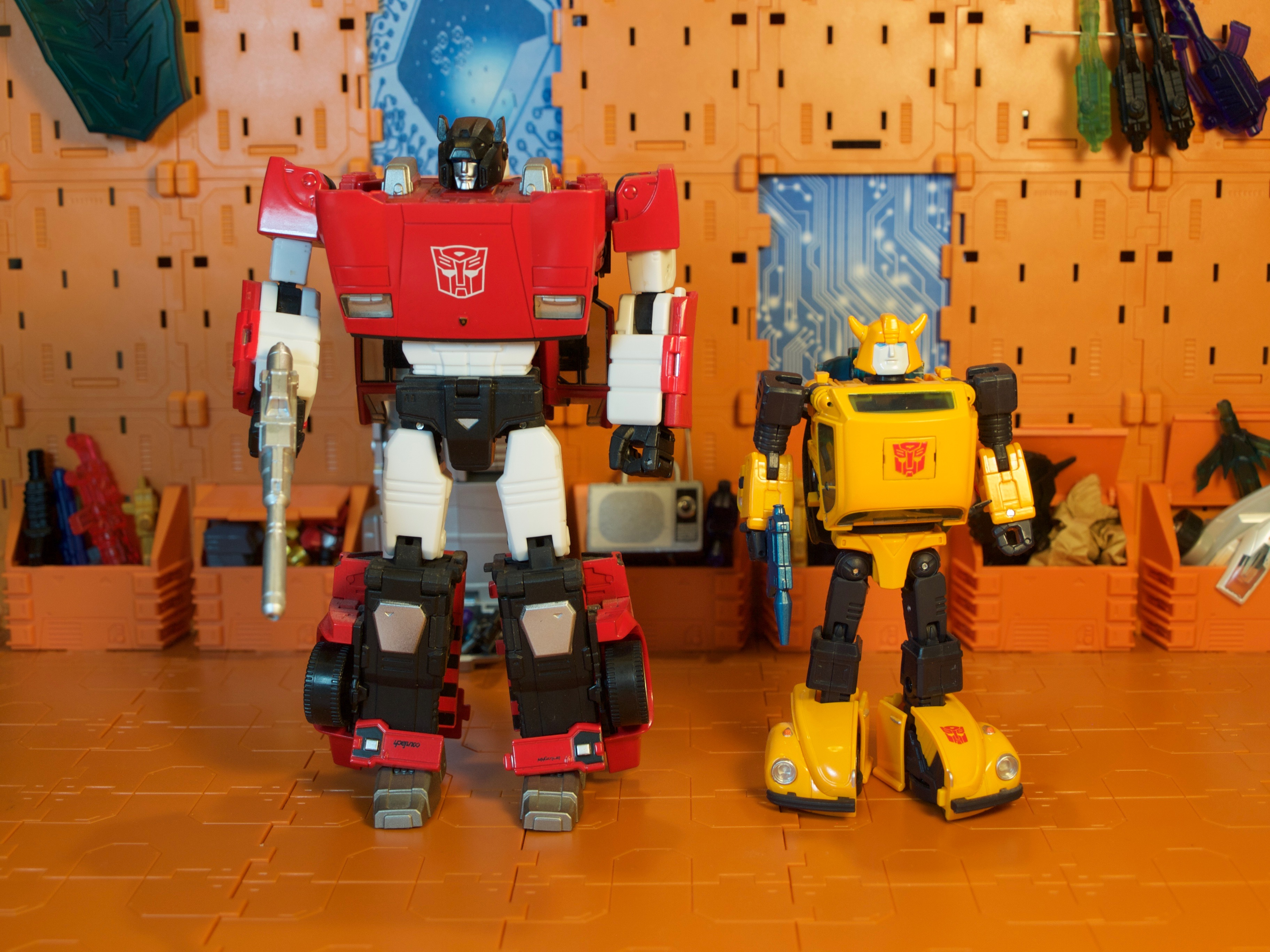 Sideswipe & Bumblebee robot mode