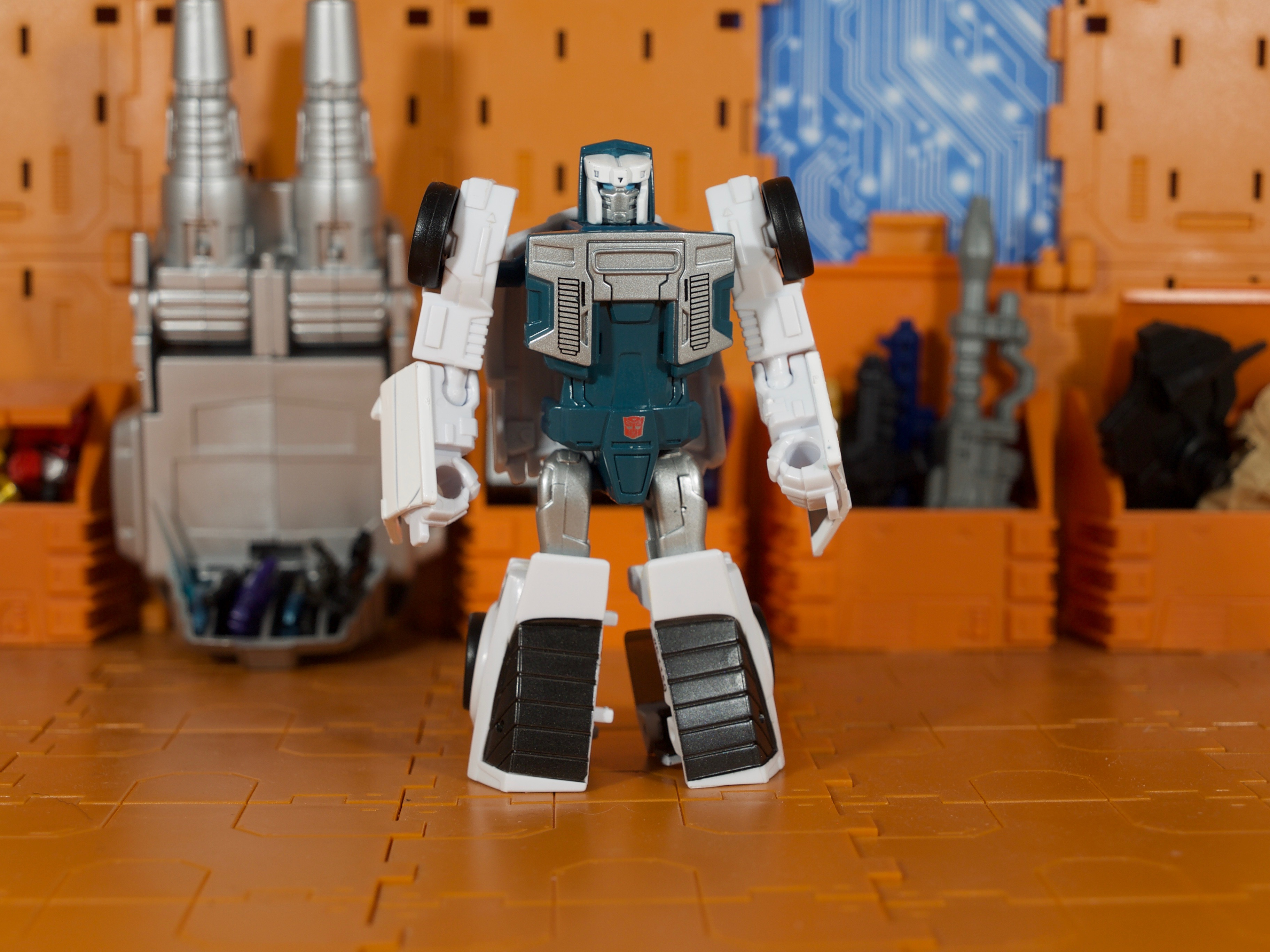 Tailgate robot mode