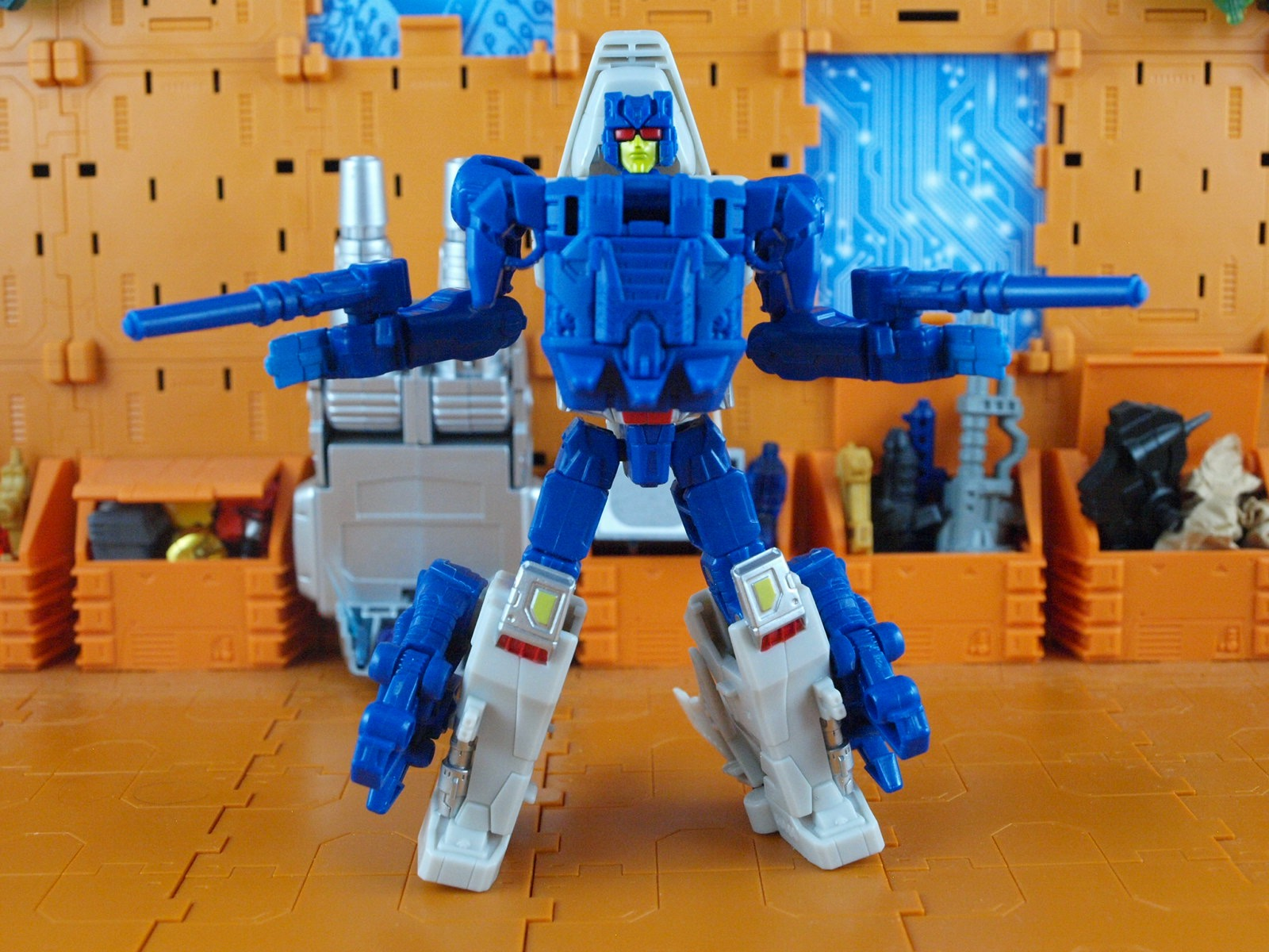 Rippersnapper robot mode with armor