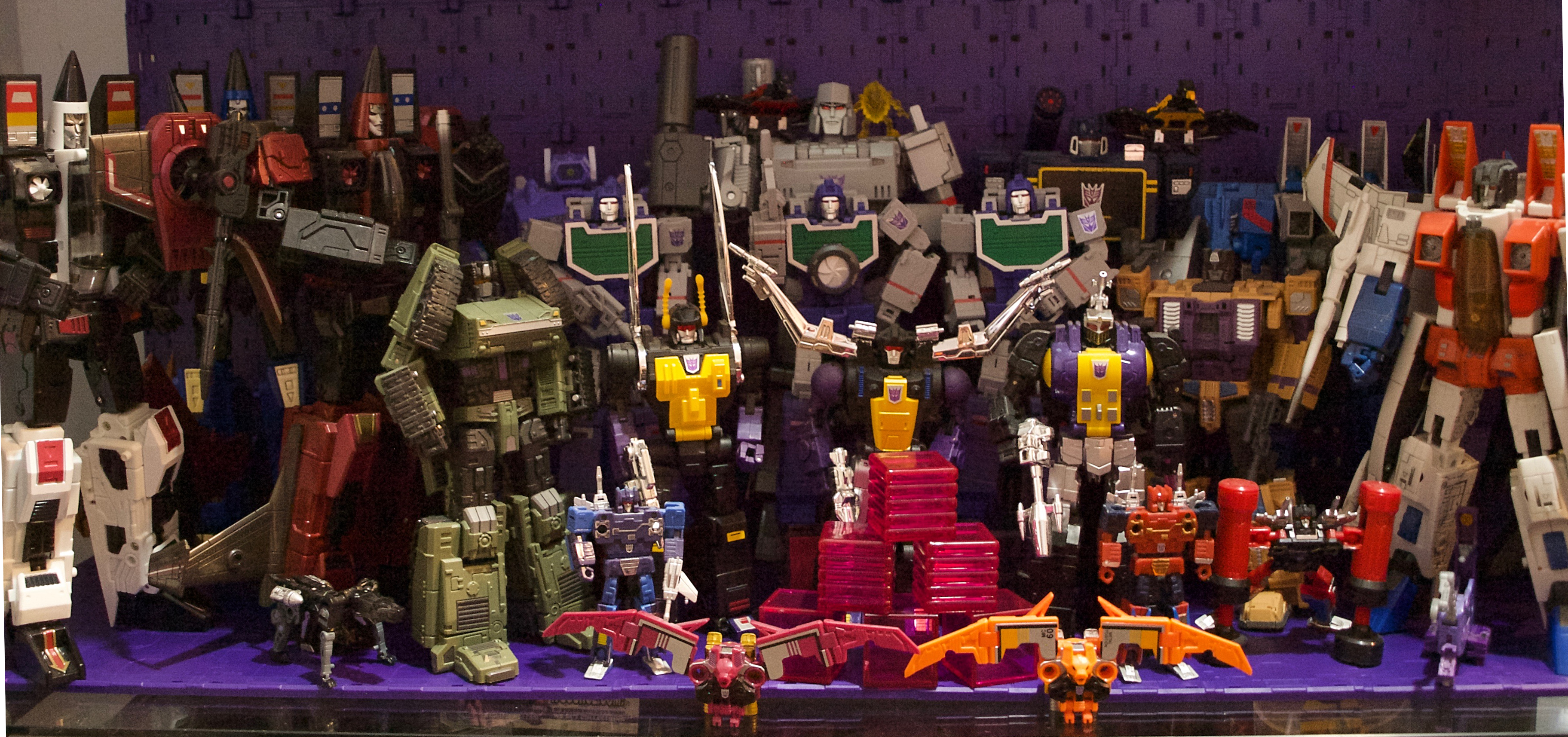 2018 MP Decepticon Shelf