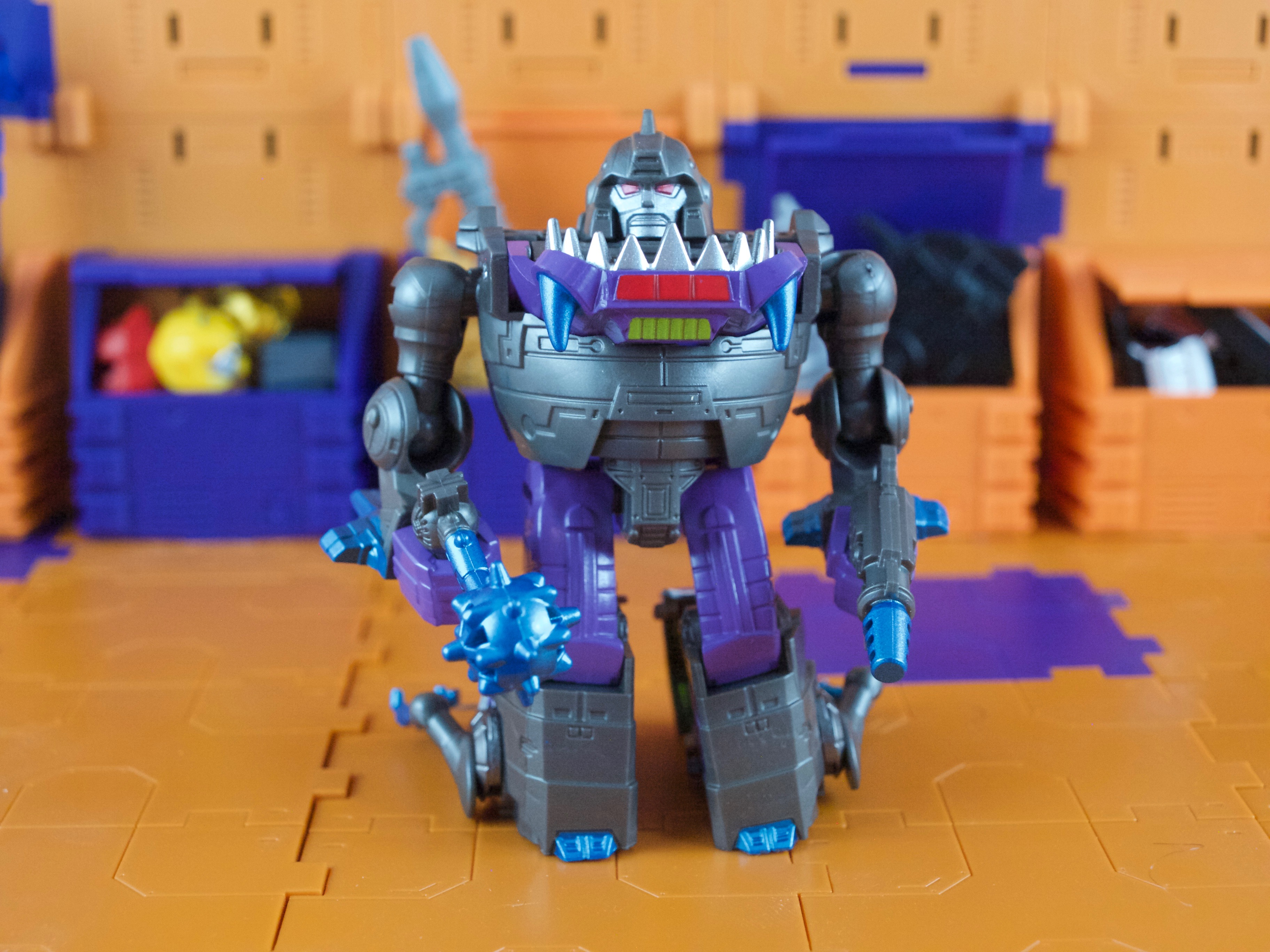 Sharktticons robot mode