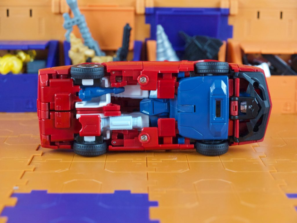 Boost vehicle mode weapon storage