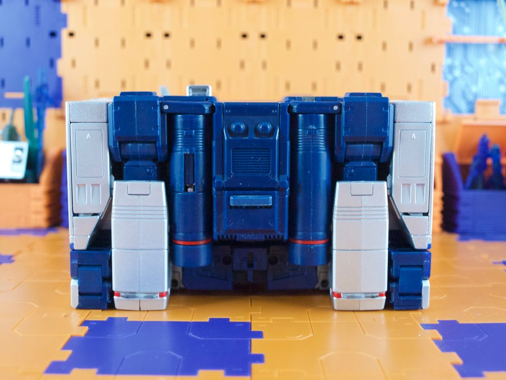 Soundwave tape deck mode back view
