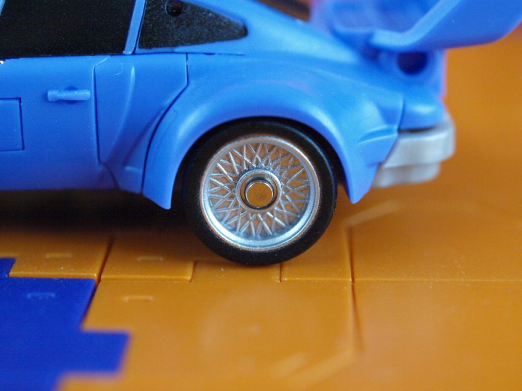 Cyclops wheel details