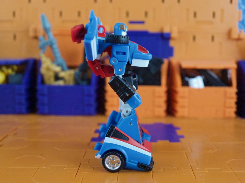 Maverick robot mode side view