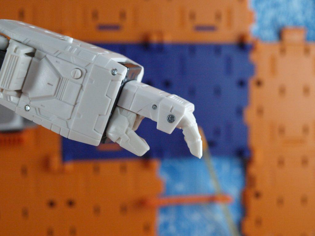 Jetfire hand open