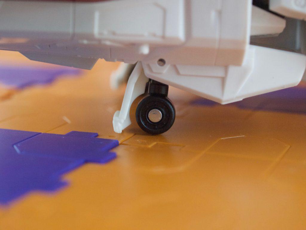 Jetfire details landing gear rear