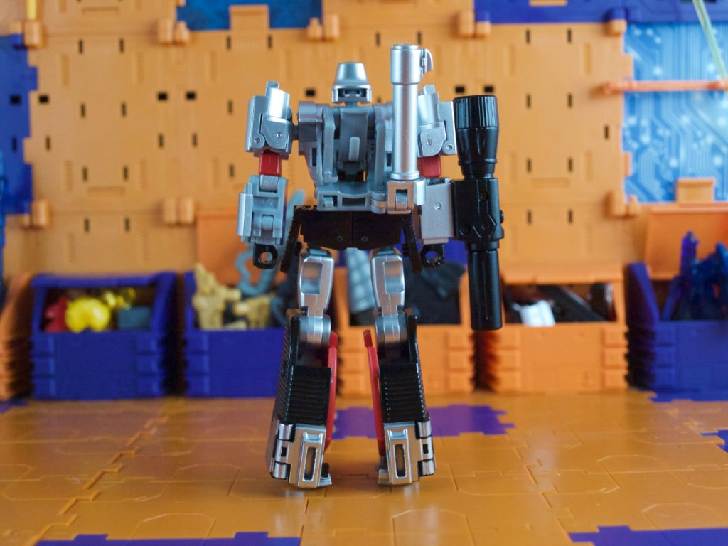Hynkel robot mode back view