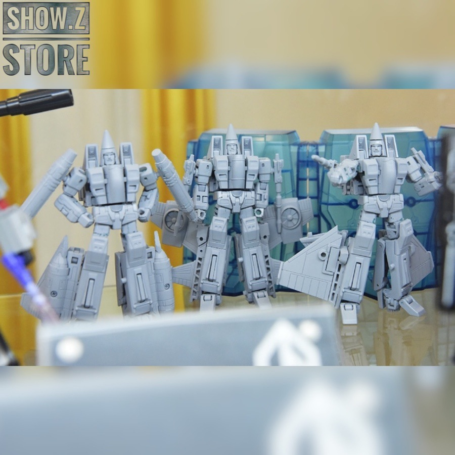 Grey prototypes of the New Age Toys conehead figures