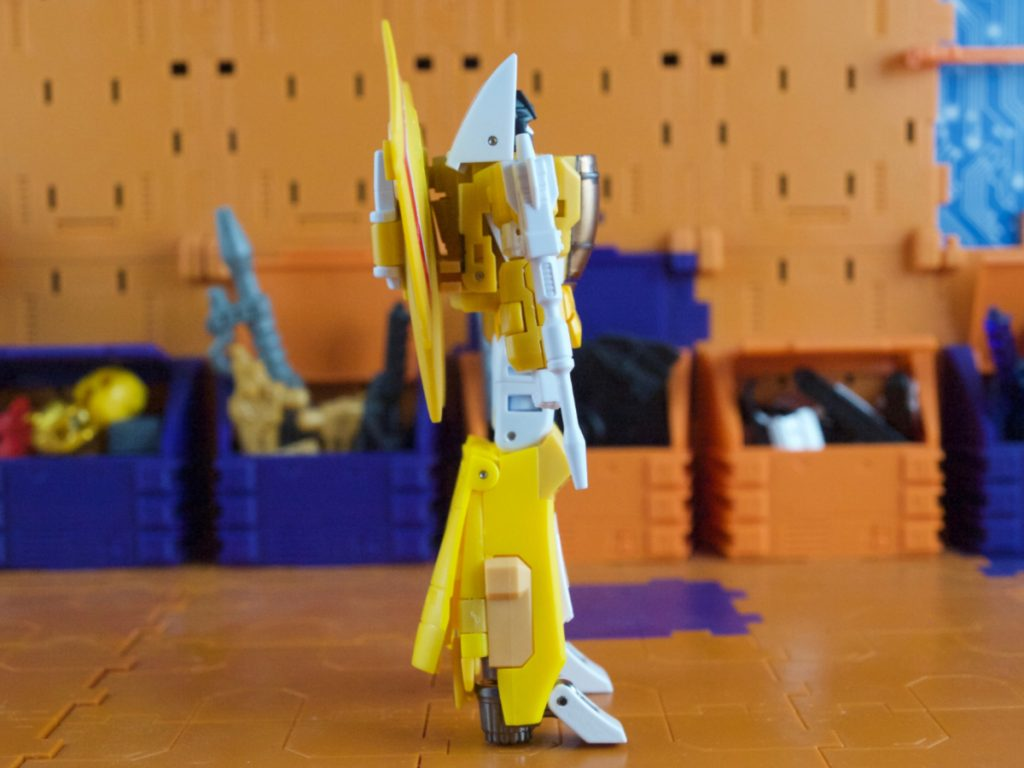 Amy robot mode side view